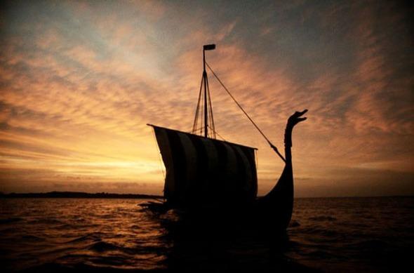 dc_bottom_vikingship